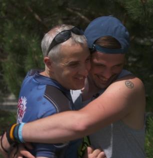 IraDavid_gets_Hug